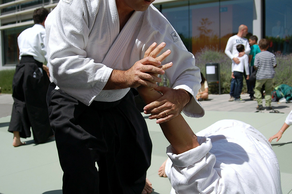 aikido arm lock